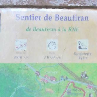 Panneau d'informations sur le sentier de Beautiran