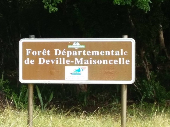 Panneau du sentier de Deville-Maisoncelle
